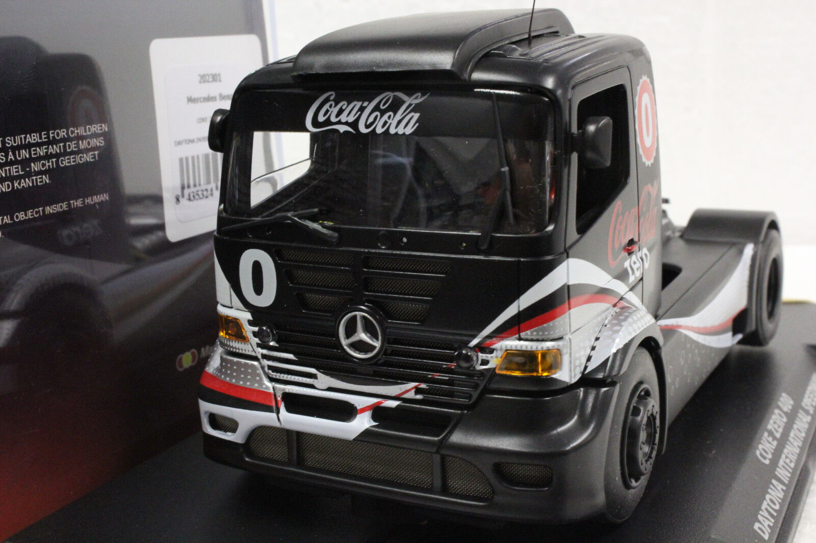 Fly 202301 Mercedes Benz COCA COLA COKE ZERO DAYTONA New 1 32 Slot Car avec affichage