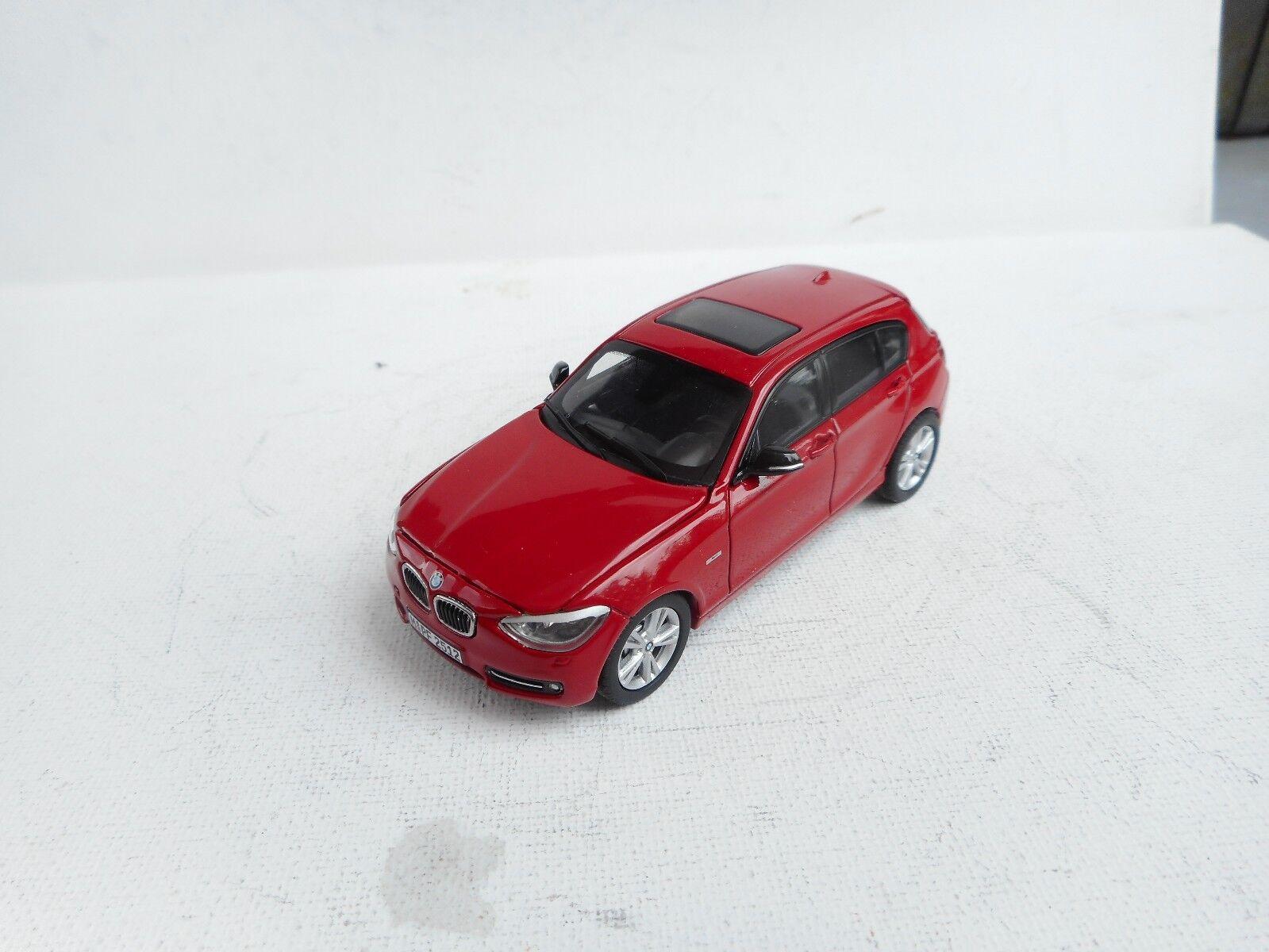 connotación de lujo discreta BMW 1 SERIES 2011 F20 125i SPORT rojo 1 1 1 43 PARAGON (DEALER MODEL) OHNE BOX  estilo clásico