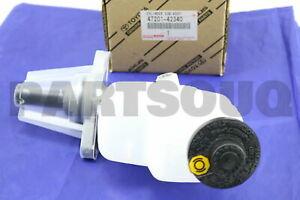 4702860030 Genuine Toyota CYLINDER SUB-ASSY BRAKE MASTER W//PLATE 47028-60030