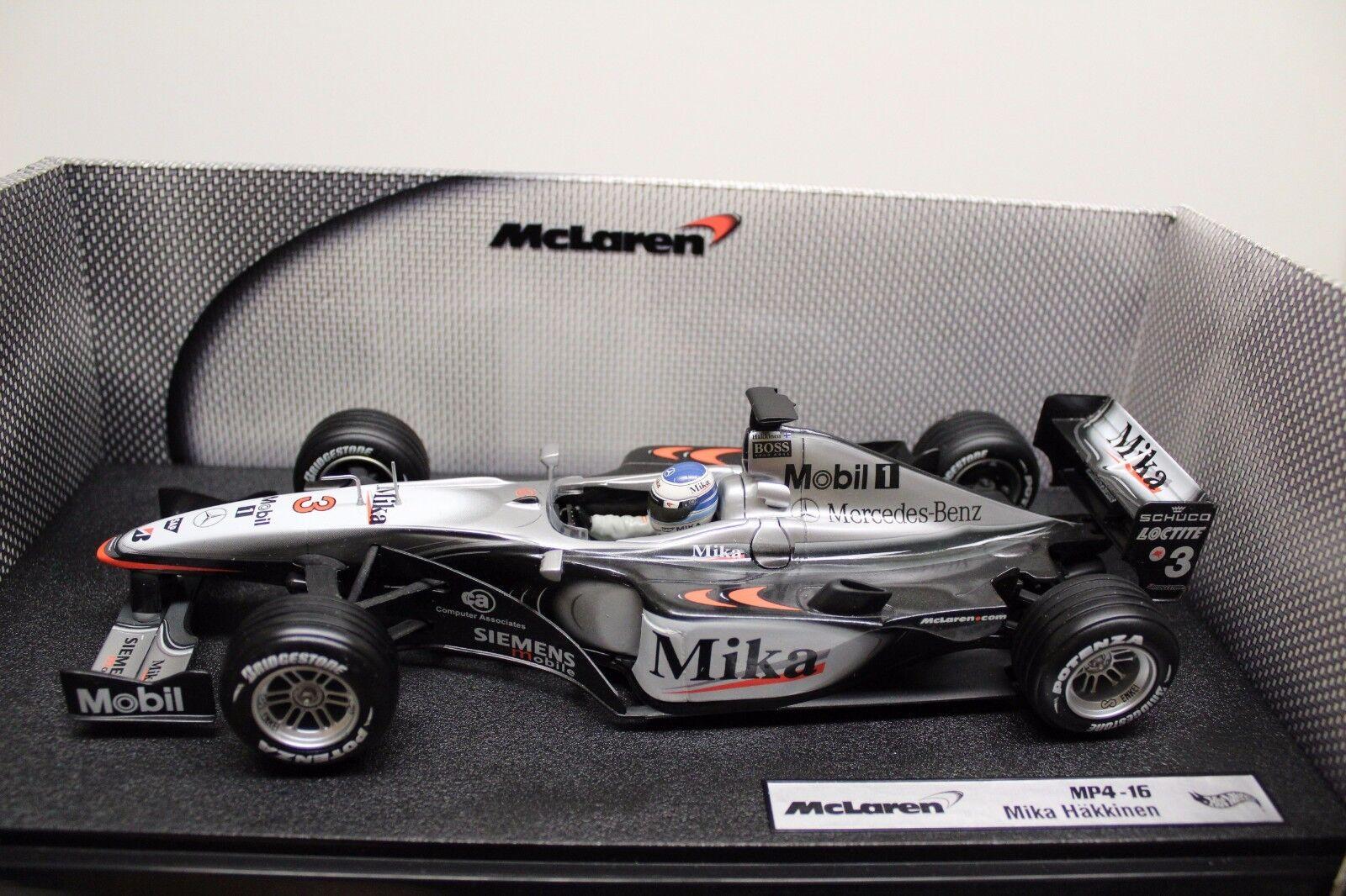 HotWheels 1:18 formula 1 McLaren Mercedes mp4-16 Mika Hakkinen BOXED OVP NUOVO