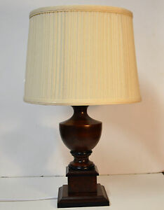 Lampe De Table En Bois Fonce Creme Abat Jour Ebay