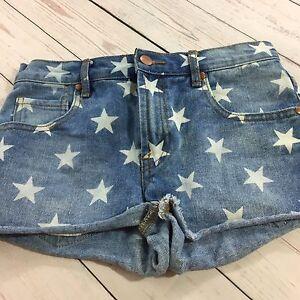Forever 21 Corta Pantalones Cortos De Mezclilla Talla 25 Estrellas Con Aspecto Envejecido 4th De Julio American Ebay