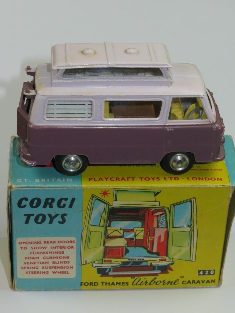 VINTAGE CORGI 420 Ford Thames Airborne Caravan Excellent in Original Box 1960s