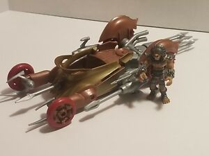 Hot-wheels-Battle-Force-5-Fangore-And-Kalus-Vechile-And-Figure-Set-2009