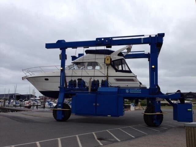 Viksund St.Cruz 360 Flybridge, Motorbåd, årg. 2008