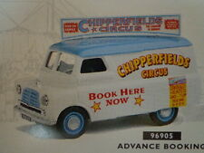 NIB CORGI CLASSIC'S CHIPPERFIELDS BOOKING VEHICLE WITH REPLICA POSTER #96905