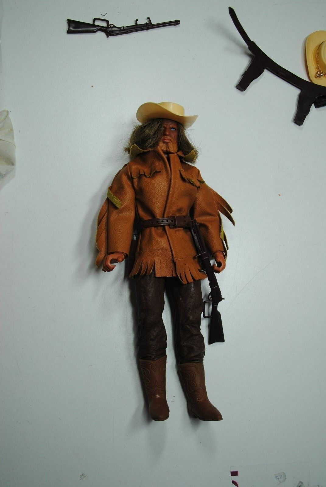BIG JIM MATTEL KARL MAY      OLD SURE - HAND - KARL MAY OUTFIT        NICE SET