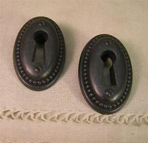 5 vintage styl oil rubbed escutcheon key hole cover for Furniture hole cover
