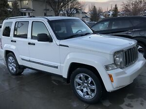 2010 Jeep Liberty Limited Edition (top model)