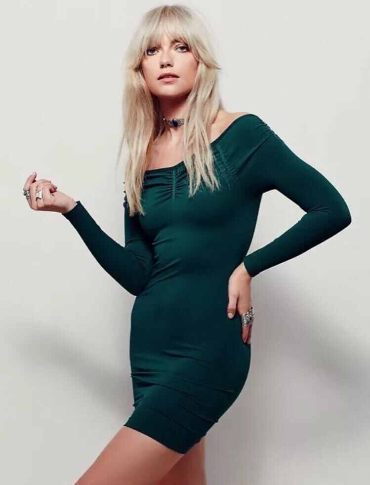 NEW INTIMATELY  FREE PEOPLE SHIMMY SEAMLESS BODYCON SLIP DRESS IN GREEN M L
