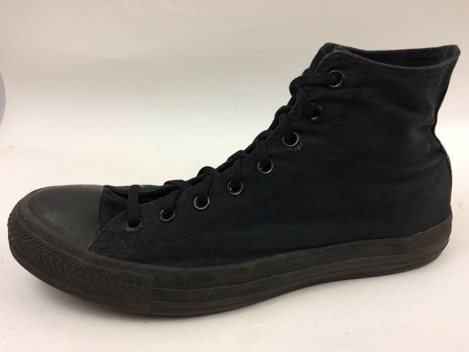 Converse Chuck Taylor All Star Mens 12 Med High Top Black on Black Sneaker shoes