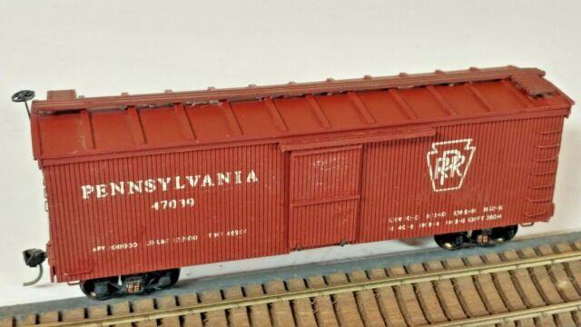 HO Scale Vintage Craftsman Built Pennsylvania RR Box Car, Central Valley Trucks