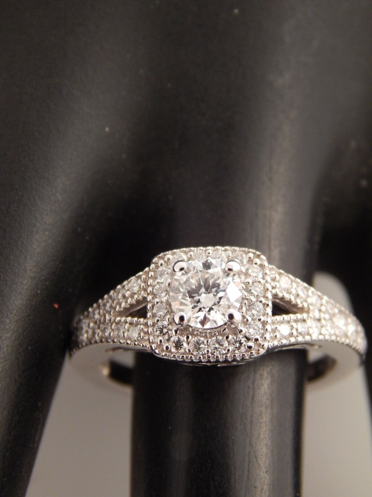 14k WG Round Diamond Halo Engagement Ring .91 tcw G SI eye clean Excellent Cut