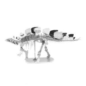 Stegosaurus-3D-Metal-Kit-Silver-Edition-Metal-Earth-1100