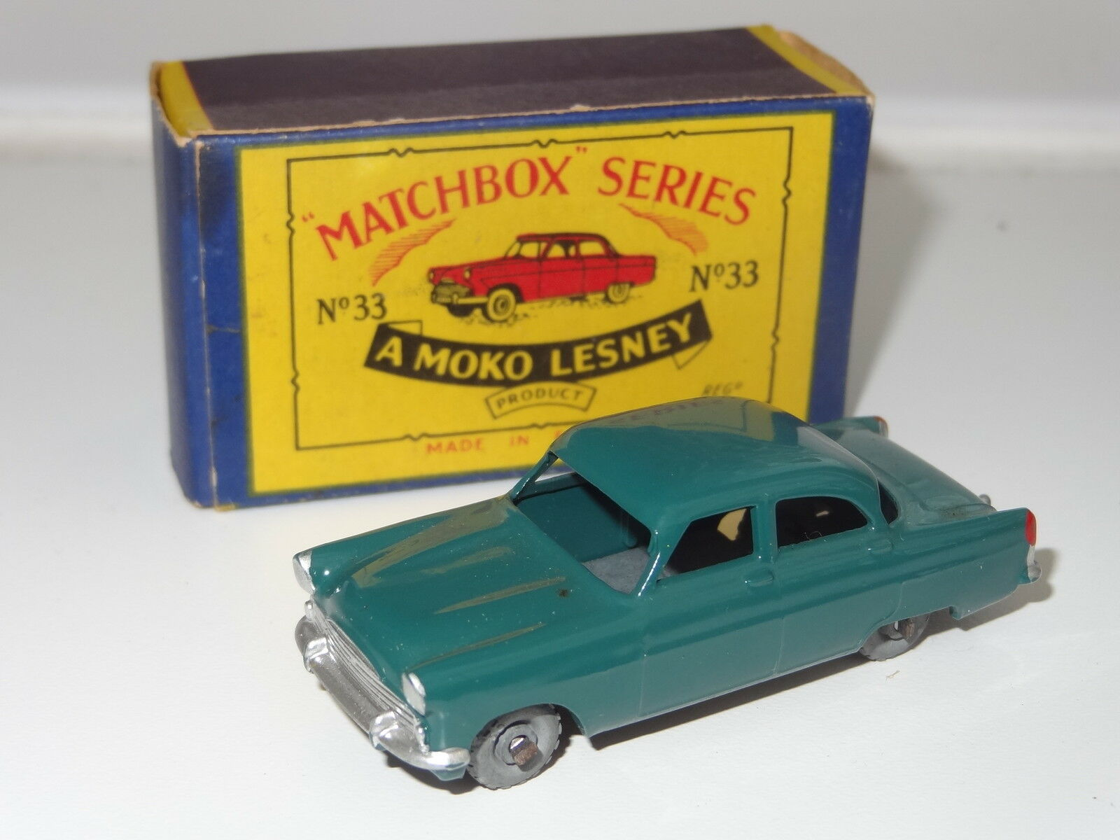 Matchbox lesney FORD ZODIAC - 33