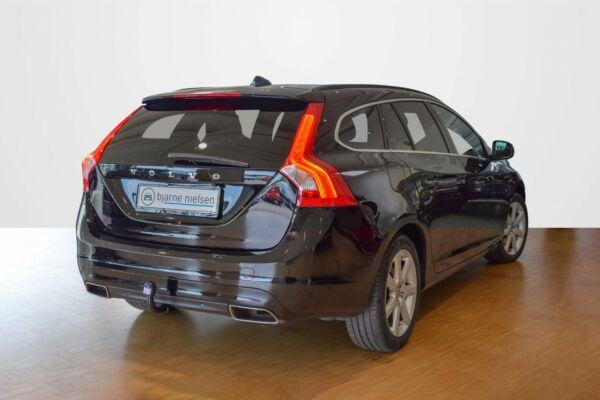 Volvo V60 2,0 D4 190 Momentum aut. - billede 2