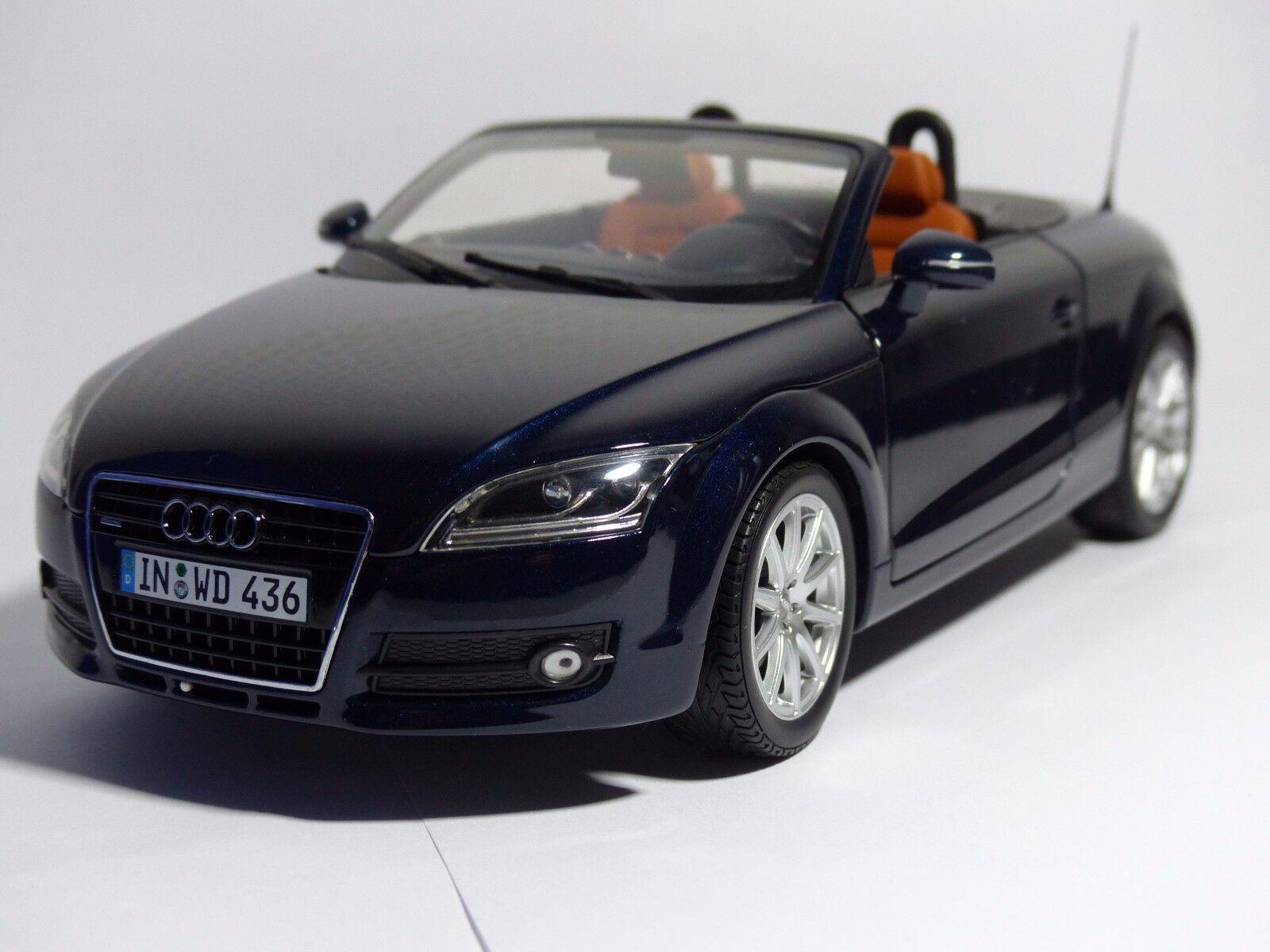 Audi TT Roadster  Deep Sea bleu bleu Minichamps 1 18 nouveau OVP Audi Dealer 5010500525  meilleure vente