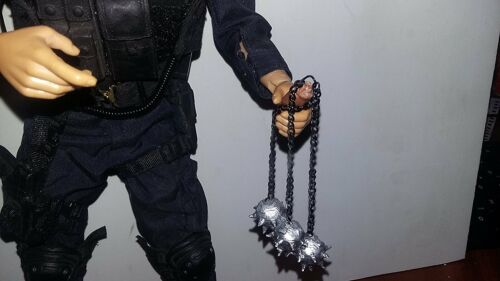 1//6 Scale Chained Triple Ball Mace