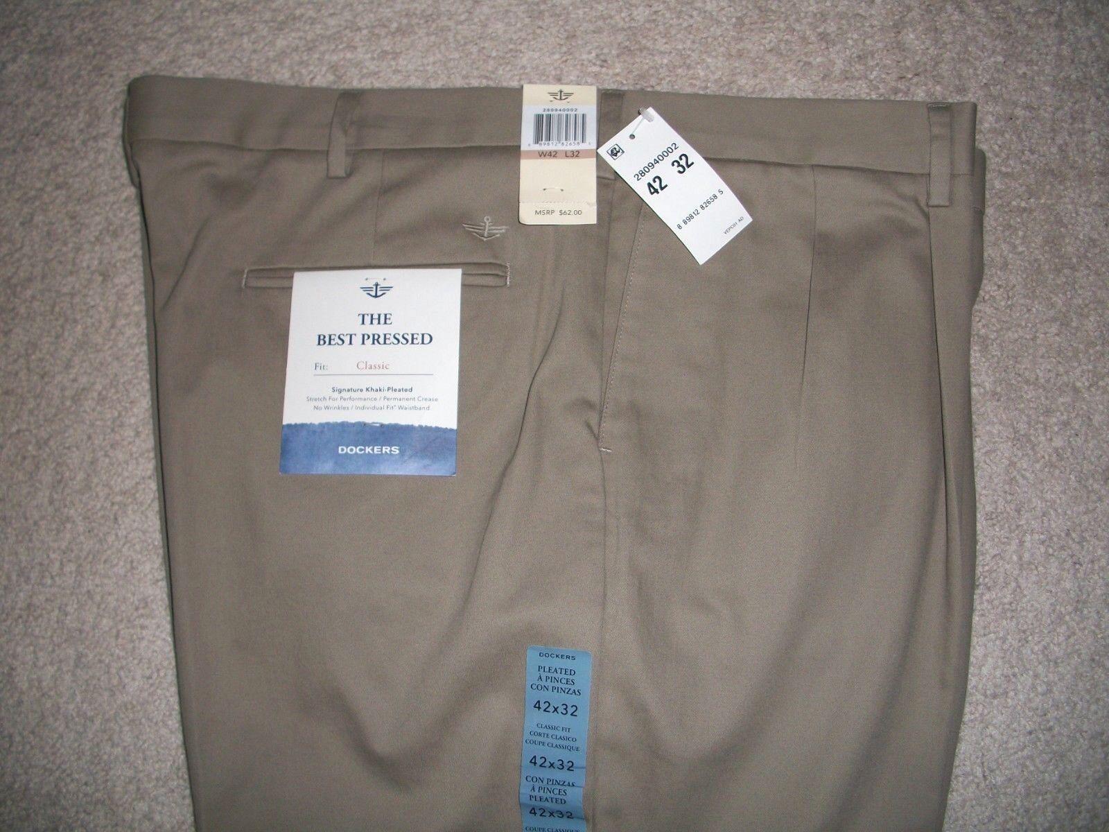 Dockers signature khaki D4 classic fit pleated pants 40//32 NWT 42//32