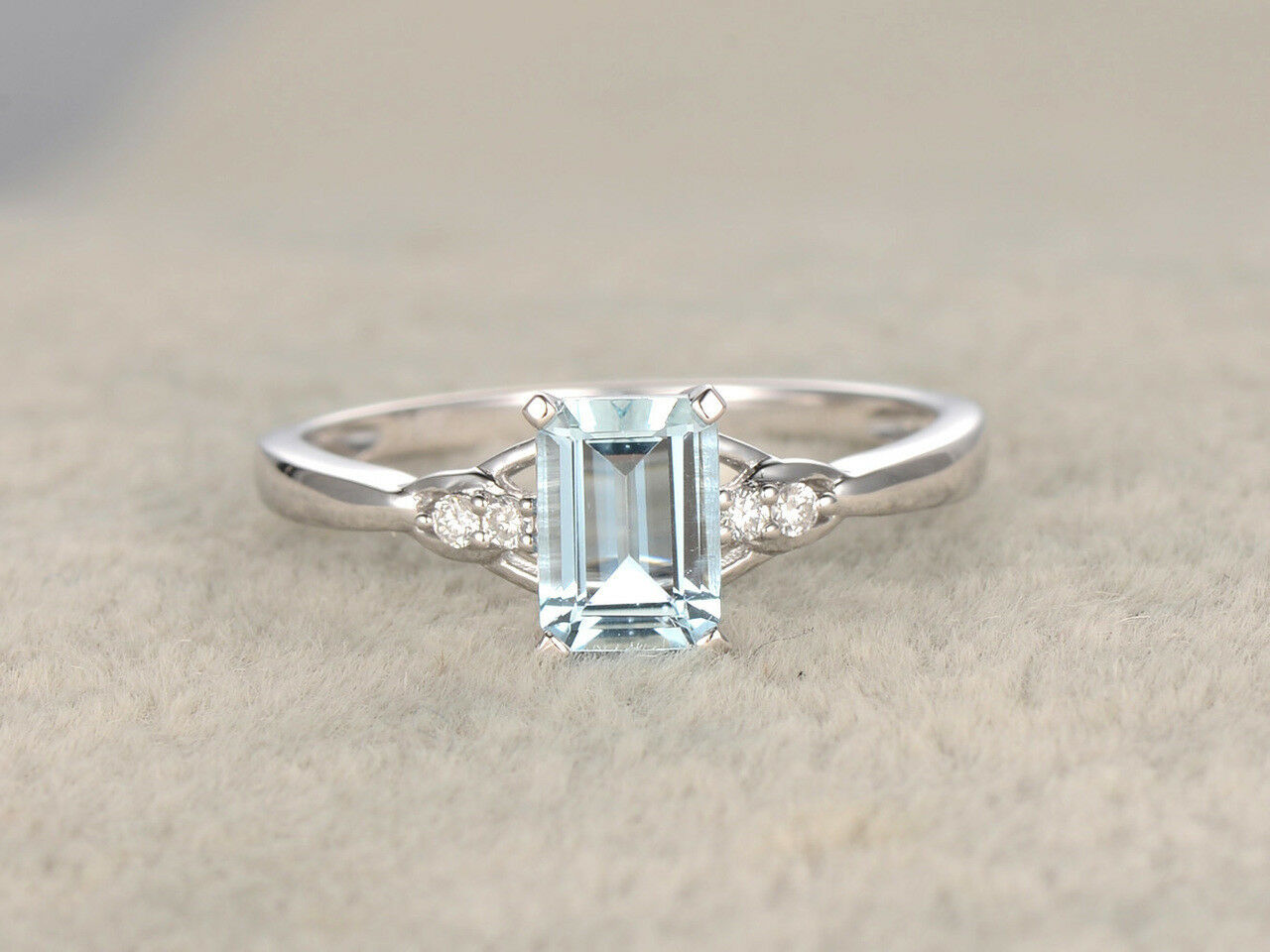 0.8ct Emerald Cut bluee Topaz Solitaire Engagement Ring 14k White gold Finish New