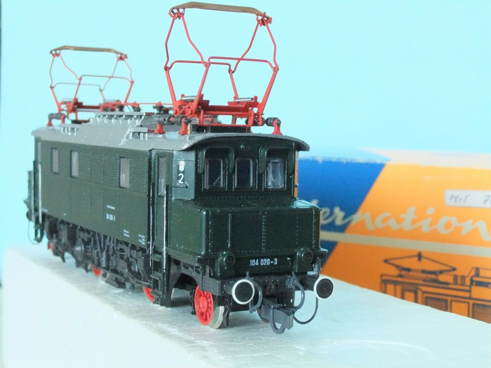 Roco H0 Altbau-Elektrolokomotive E 04, hier 104 104 104 020-3 Ep. IV  Faulhaber Motor  | München Online Shop  b3438a