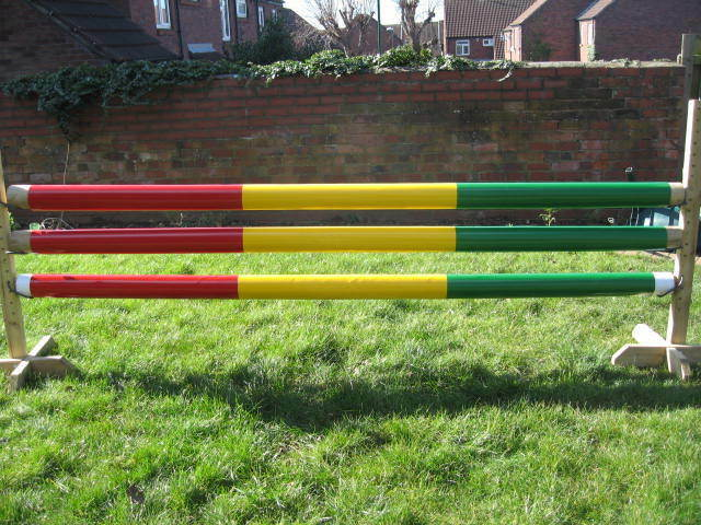 EQUESTRIAN HORSE JUMP POLE SLEEVE COVERS, STRONG, RED, GREEN, YELLOW 3MT, X 3,