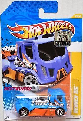 Auto- & Verkehrsmodelle EntrüCkung Hot Wheels 2011 Neu Modelle Rennen Rigg Blau Werkseitig Versiegelt Ein GefüHl Der Leichtigkeit Und Energie Erzeugen