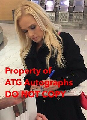 SEXY TV HOST TOMI LAHREN HAND SIGNED 8x10 INCH PHOTO W/COA