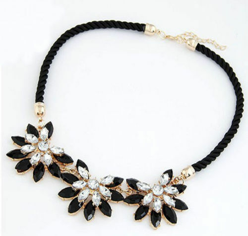 Fashion Jewelry Black Flower Crystal Resin Bib Pendant Chain Choker Necklace
