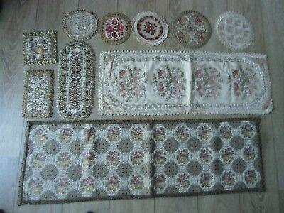 Gerade 10 Stück Vintage Tischdecke Tischläufer Zierdecke - Group Muylle, Gobbelin
