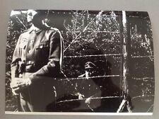 """FERNANDEL dans """" LA CUISINE AU BEURRE """"  - PHOTO DE PRESSE 18x24cm"""