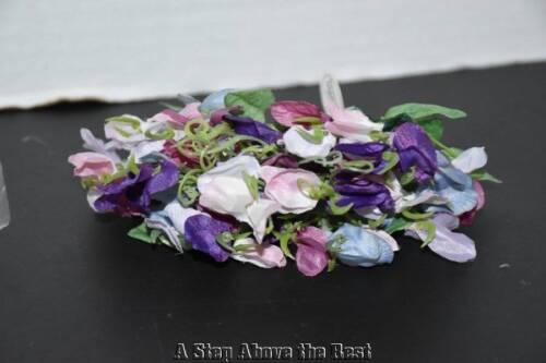 NEW Longaberger May Series Miniature Sweet Pea Silk Floral #23588