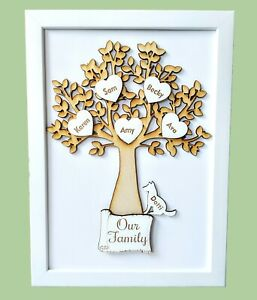 Personalised-Wooden-Family-Tree-Frame-Hearts-Pets-Birthday-Gift-Decorations