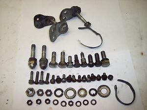 74-76-Yamaha-DT125-Dt-125-175-100-Cadre-Boulons-Materiel
