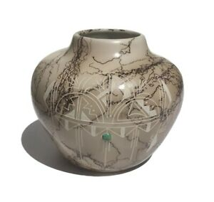 Native American Navajo etched handmade Horsehair Pottery