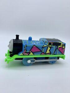 Hyper-Glow-Thomas-amp-Friends-The-Tank-Engine-Trackmaster-Motorized-Train-Mattel