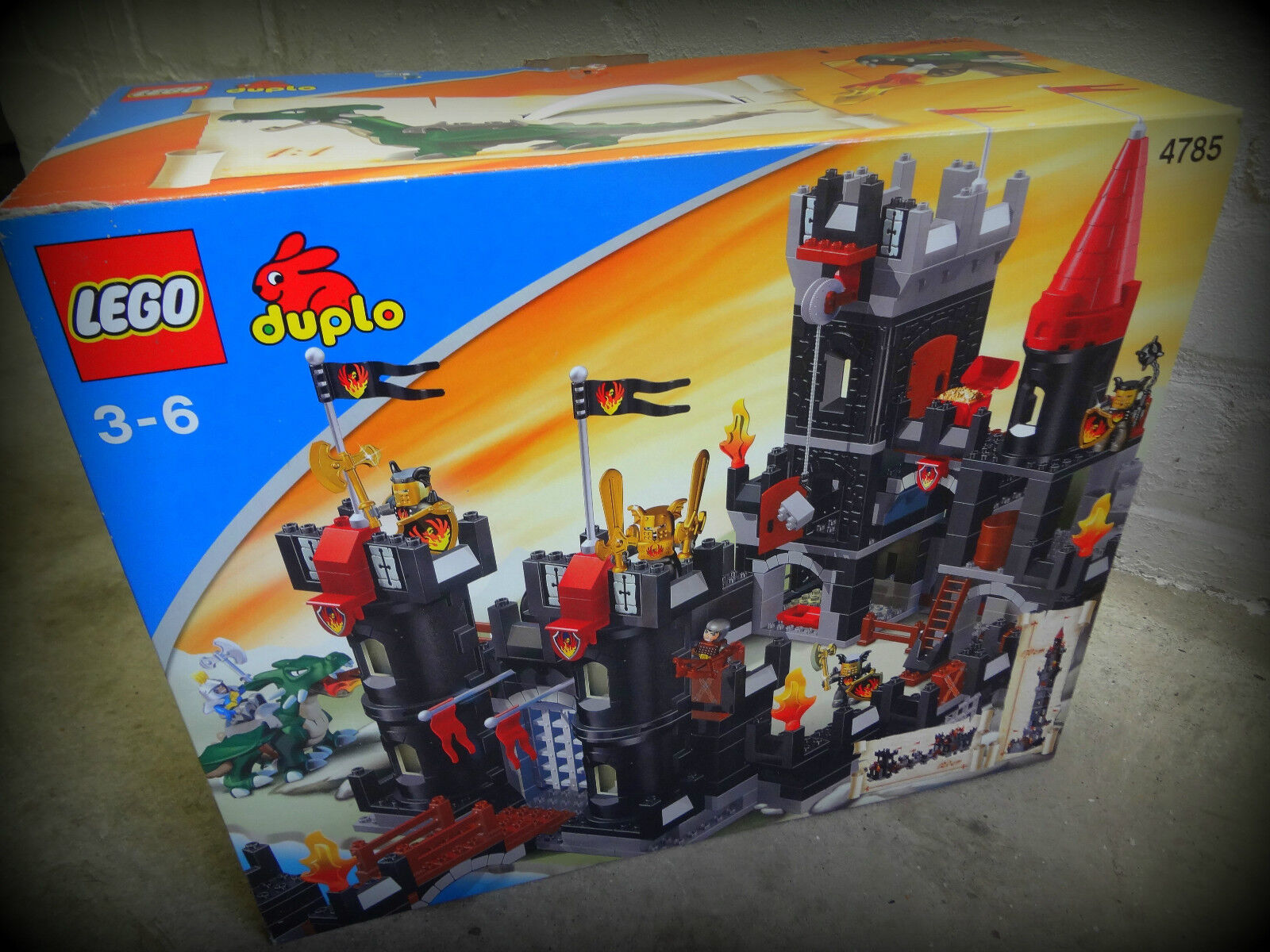 Lego Duplo Schwarze Ritterfestung  4785 - RITTERBURG- MIT OVP- sehr gut erhalten