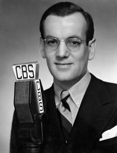 CBS-OLD-TV-RADIO-PHOTO-Portrait-Of-Glenn-Miller-Big-Band-Leader-On-The-Cbs-2