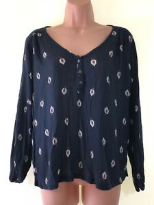 ABERCROMBIE-amp-FITCH-bleu-marine-crepe-imprime-floral-Boho-Chemisier-Femme-Taille-S-SMALL-10