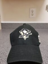 c2eb0388776 Cap NHL Pittsburgh Penguins Curved V Struct Stretch Fit 47 Brand Black HAT  OSFA