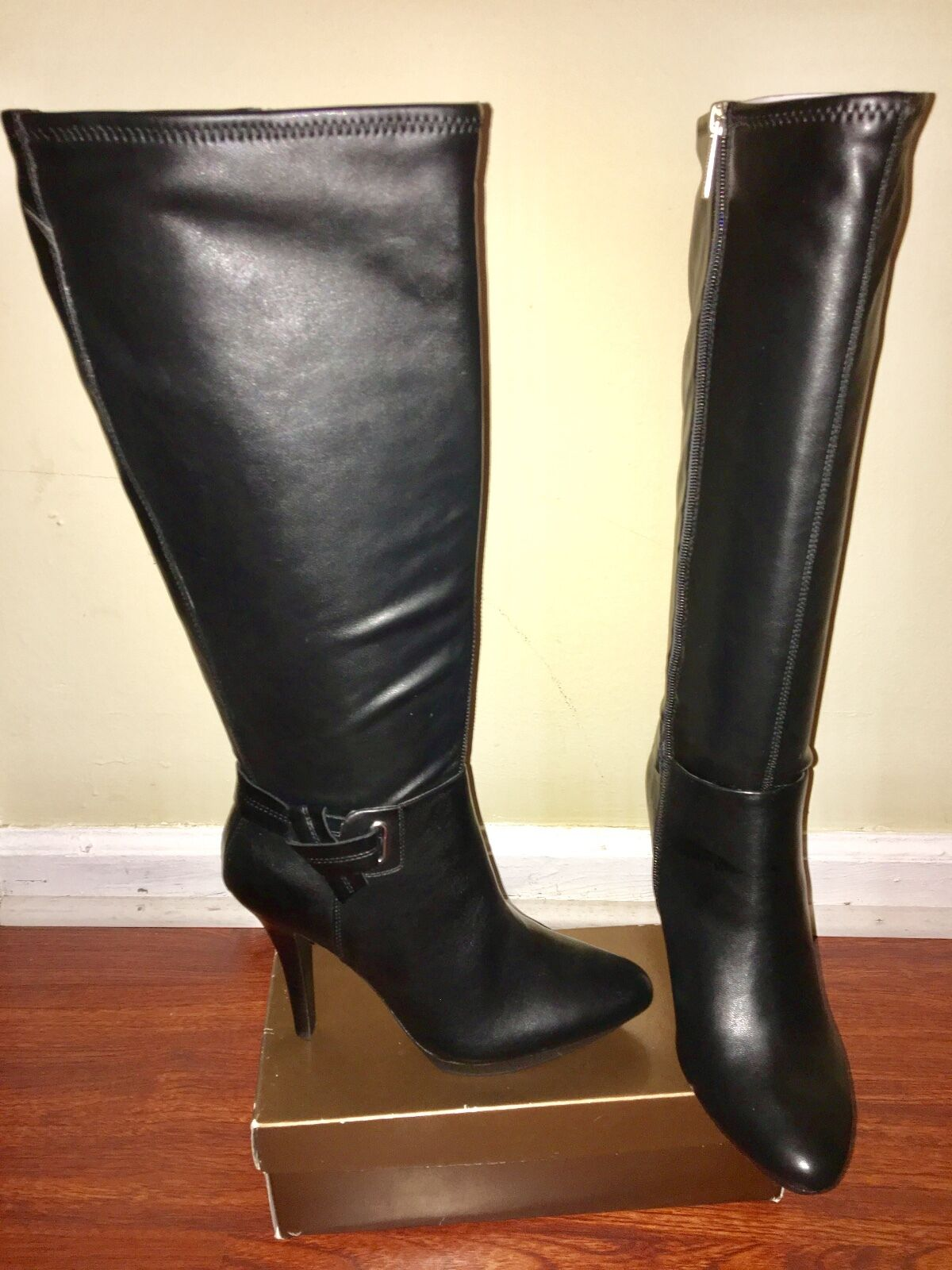 NEW Woman's  Nine West Black Leather Knee High Boots with 4 inch heels Size 8.5
