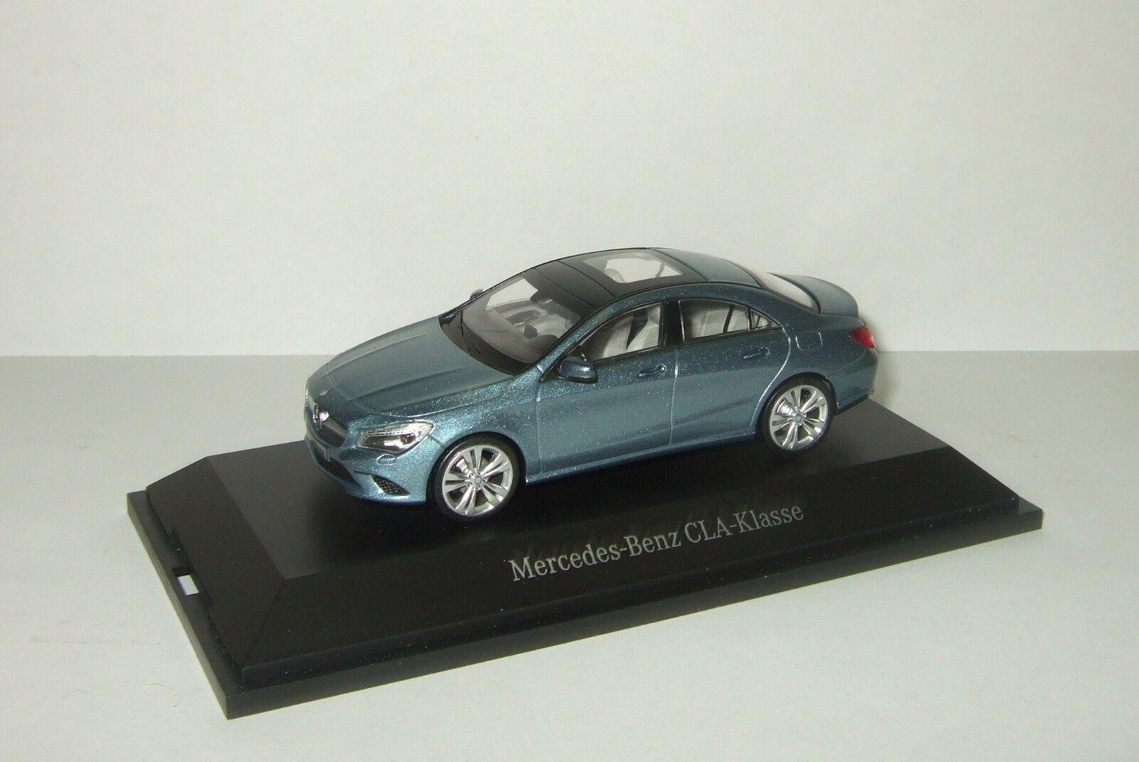 omaggi allo stadio 1 43 Schuco Mercedes Benz CLA CLA CLA klasse 2013 limousine  economico e di alta qualità