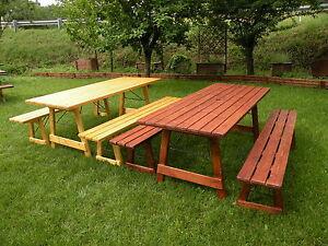 Tavolo da giardino chiudibile in legno con panchine 8 2 for Set birreria offerta