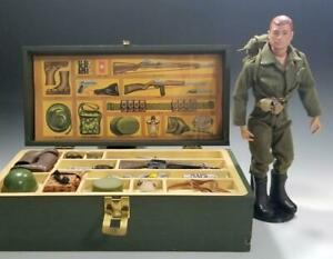 1964-Vintage-Hasbro-GI-JOE-w-FOOTLOCKER-and-Many-Accessories-AWESOME-LOT-LQQK