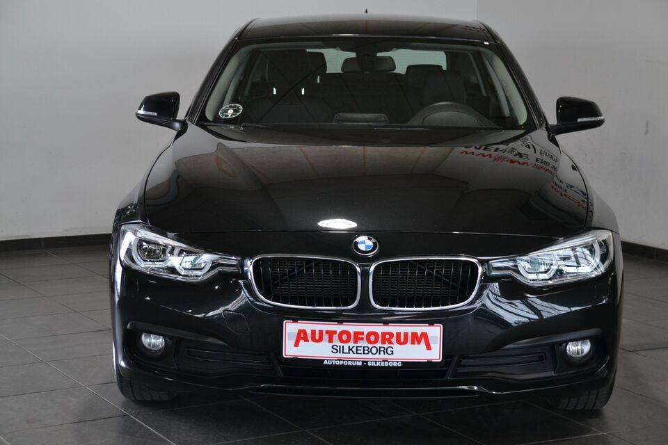 BMW 320d 2,0 Touring Diesel modelår 2017 km 66000 Sortmetal
