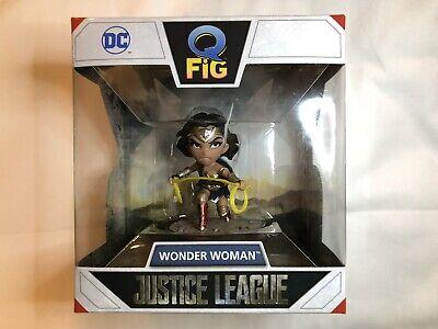 QMx Wonder Woman Justice League Q-Fig DC Figure