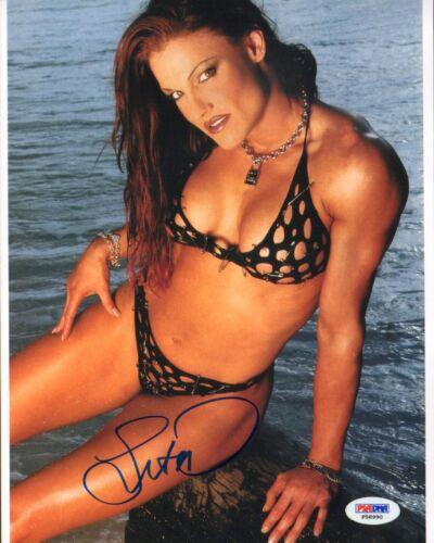 Lita Signed 8x10 Photo PSA//DNA COA WWE Picture Autograph Diva Women/'s Champion