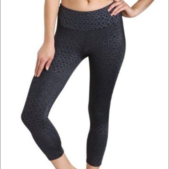 Onzie Cropped leggings silver black magic teeki Nylon Spandex Stretch Size M/L