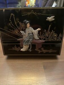 Antique-Chinese-Lacquer-Wood-Inlay-Shoushan-Stone-amp-Jade-Jewelry-Box