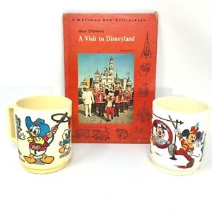 Vintage-Disneyland-Mickey-Mouse-Club-Donald-Plastic-Cups-amp-Disneyland-Book